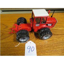 Massey Ferguson 1500 Four Wheel Drive tractor 1/32 scale
