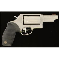 Taurus The Judge .45 LC/.410 SN: DM988687