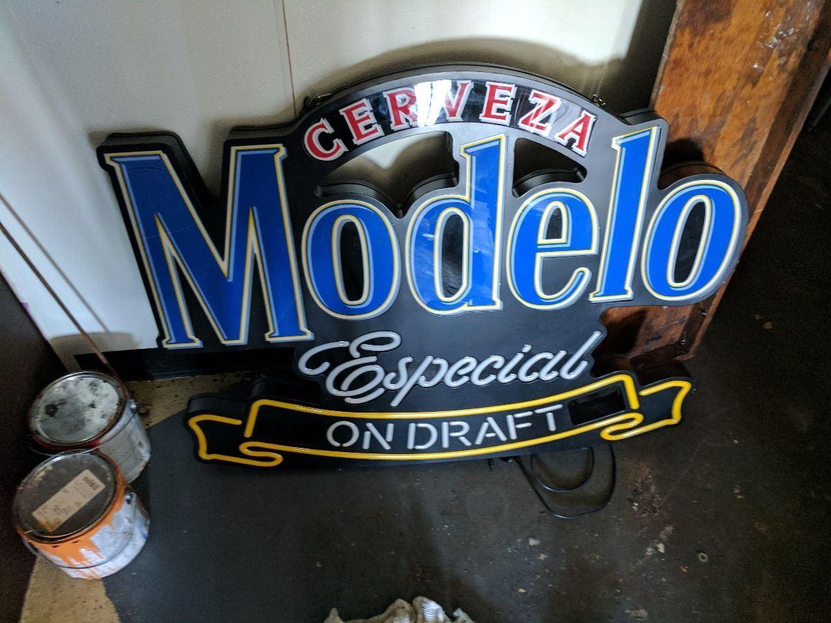 (1) Neon Modelo Beer sign