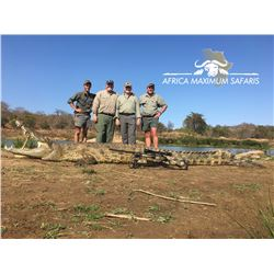 Roan & crocodile hunt for 2 hunters and 2 observers in South Africa (10 days)