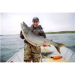 Lake trout and arctic grayling fishing trip for 2 in Nunavut, Canada (6 days)