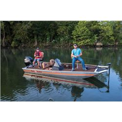 18ft bass tracker boat