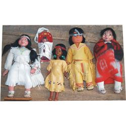 5 Indian dolls with buckskins, beads and wool blanket