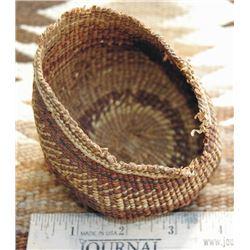"early Klamath Nodoc 5"" basket"