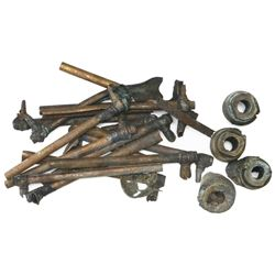 Lot of sixteen copper cannon fuses, one copper firing cap and four brass Armstrong base-fuse parts,