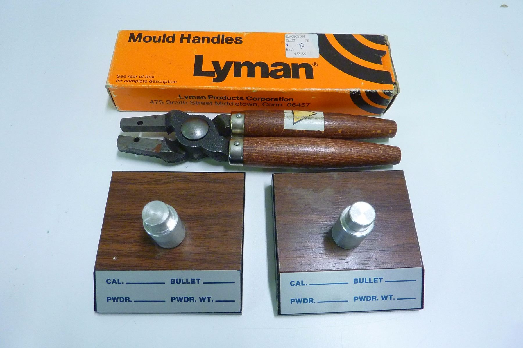 LYMAN SMALL MOULD HANDLES AND 2 TOOLHEAD STANDS FOR DILLON 550 RELOADERS