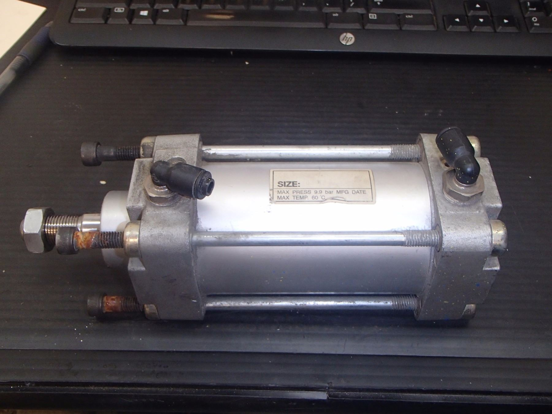 Win-Key Pneumatic Cylinder, Size: 63-75?