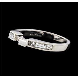 0.20 ctw Diamond Ring - Platinum