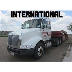 ***  INTERNATIONAL  W/ MILLER TRAILER ***