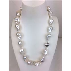 18 inch large fresh water white baroque pearl necklace