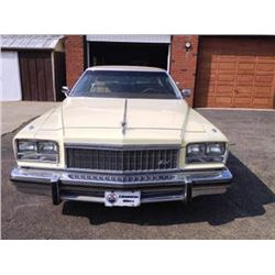 1976 BUICK PARK AVENUE LIMITED 4-DOOR SEDAN HARD TOP