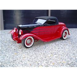 1932 FORD ROADSTER 2-DOOR FUN-STER