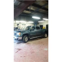 FRIDAY NIGHT! 2012 GMC SIERRA 2500HD CREW CAB