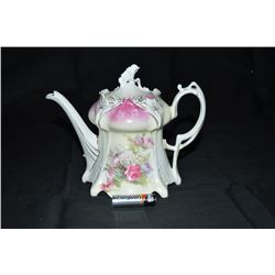 R S Prussia Tea Pot Circa 1900 Excellent Does Show Some Wearong Of The Gold