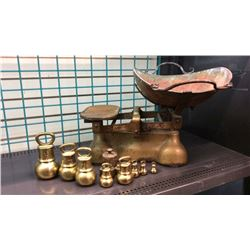 W & T Avery Scale W/ Brass Weights