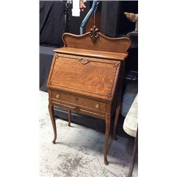 Quarter Sawn Oak Drop Front Desk 49''T x 28''W x 15''D