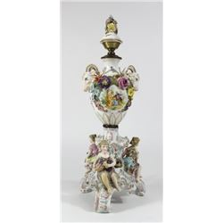Dresden Style Figural Porcelain Lamp