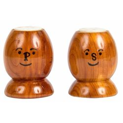 Disneyland Wooden Salt & Pepper Shakers.