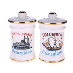 Mark Twain  &  Columbia  Salt and Pepper Shaker Set.