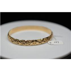 14K Gold Hawaiian Bangle Bracelet 8mm, Embossed Leaf/Floral/Scroll Motifs, 29.4 g