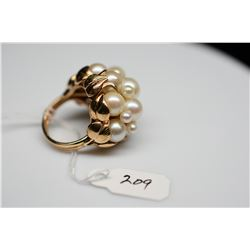 Ming's 8-Pearl Cluster Ring - Cultured Pearls, 14K Yellow Gold, 11.4 g