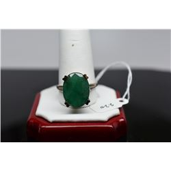 9 ct Emerald Ring - Oval Faceted Emerald, 14K White Gold, 7.5 g