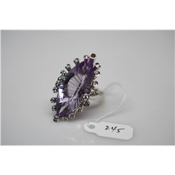 10 ct Marquise Amethyst & Diamond Ring - Amethyst, 19 Diamonds .39 ct (1 diamond missing), 18K White