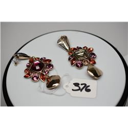 """Pair: Costume Dangle Earrings 3 3/4"""" - Lavender & Red Faceted Stones, Gold Tone Metal"""