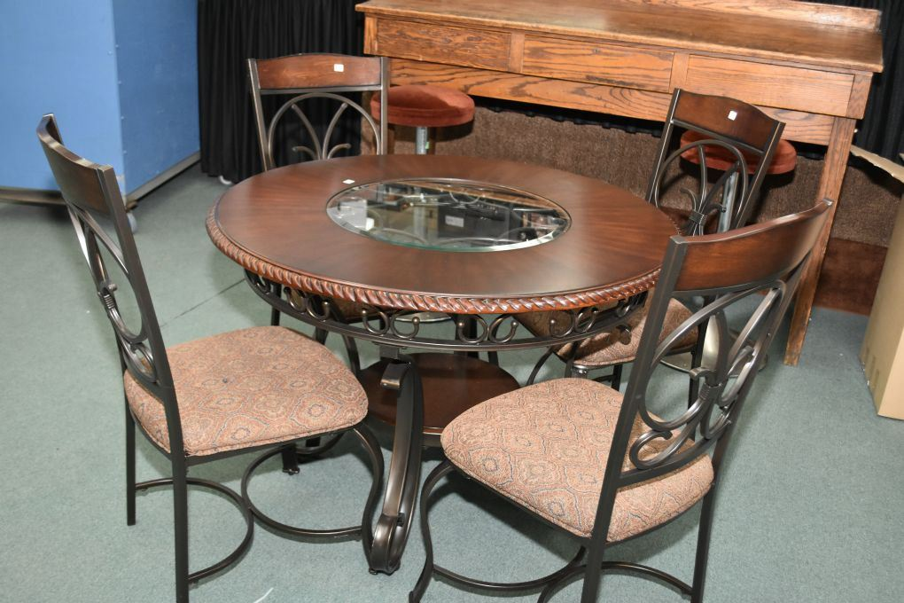 Modern Wrought Iron A Wood 44 Round Dining Table With Glass Inserts And Four Matching Chairs With U