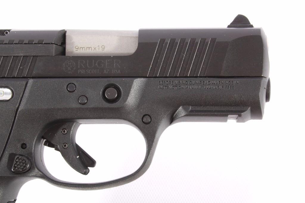Ruger SR9C Compact 9x19mm Pistol w/Case