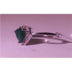 Exquisite Sterling Silver Ring with Genuine Columbian Emerald