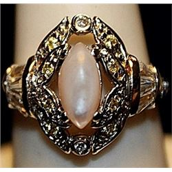 Beautiful Pink & White Sapphires SS Ring. (261L)