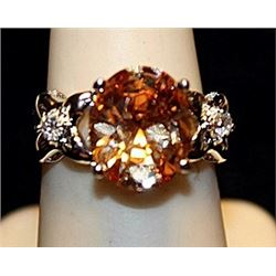 Gorgeous Golden Lab Sapphire Sterling Silver Ring. (728L)