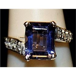 Beautiful Lab Tanzanite Sterling Silver Ring. (181L)