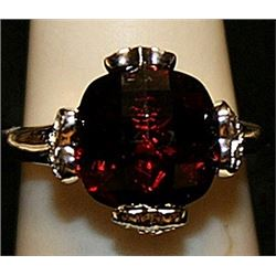 Beautiful Rose Garnet Sterling Silver Ring. (199L)