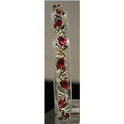 Beautiful Sterling Silver Lab Ruby & White Topaz Bracelet. (9B)