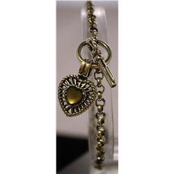 Fashionable Style Heart Shape Sterling Silver Lab Agate Bracelet. (41B)