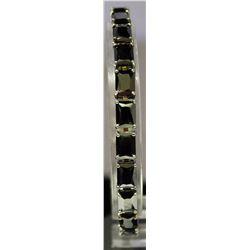 Unique Style Sterling Silver Lab Onyx Bracelet. (128B)