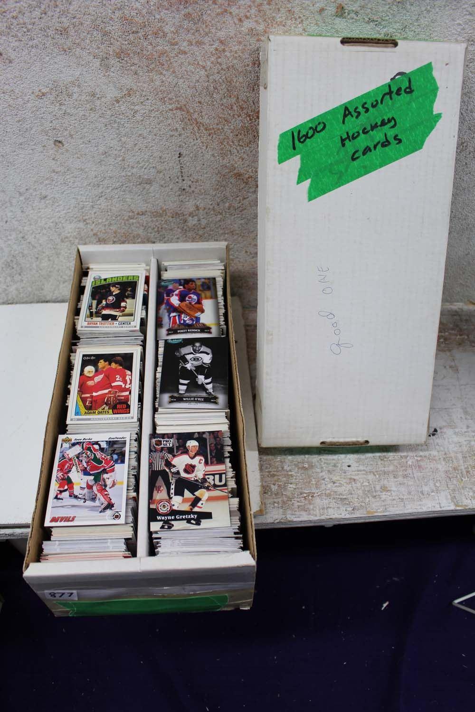 Assorted Hockey Cards (1600)(Willie O'Ree, Etc;)