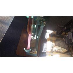 Sasheen model 572 bow maker (giftware)