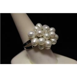 Lavish Pearl Silver Ring (33M)