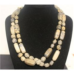 Gorgeous Puka Shell Necklace (19ZF)