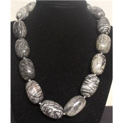 Gorgeous Grey Stone Necklace (58ZF)