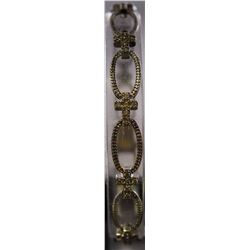 Beautiful Sterling Silver Lab Diamond Bracelet. (61B)