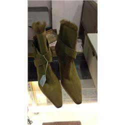 Antonio Melani Swede Leather Heel 6 1/2