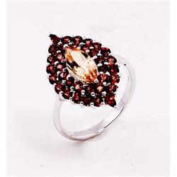 SILVER RING WITH CITRENE AND GARNET
