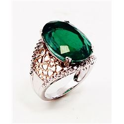 SILVER RING WITH EMERALD QUARTZ