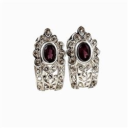 SILVER EARRING WITH RHODOLITE