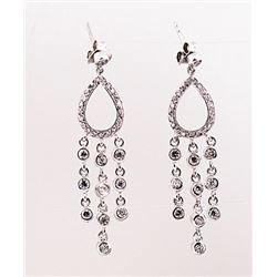 SILVER EARRING WITH WHITE TOPAZ