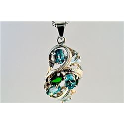 SILVER PENDANT WITH BLUE ZIRCON AND CHROME DIOPSIDE
